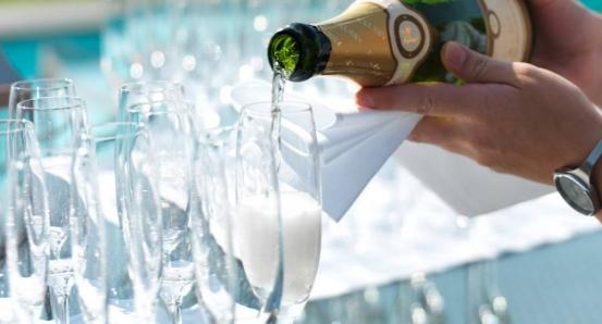 södertälje-restaurang-krog-fest-champagne-lunch